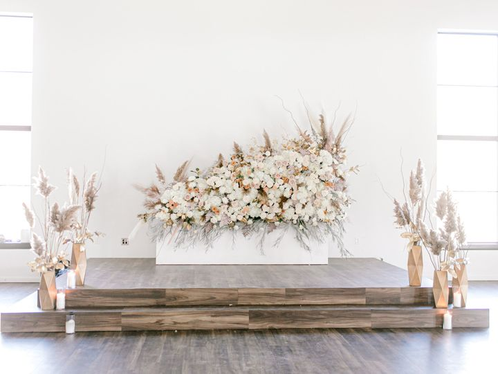 Tmx Summit Wedding Styled Shoot January 2020 By Emily Nicole Photo 44 51 1865873 159614404520983 Thomas, OK wedding venue