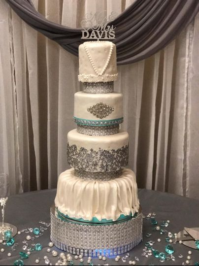 Tiffany blue and silver wedding