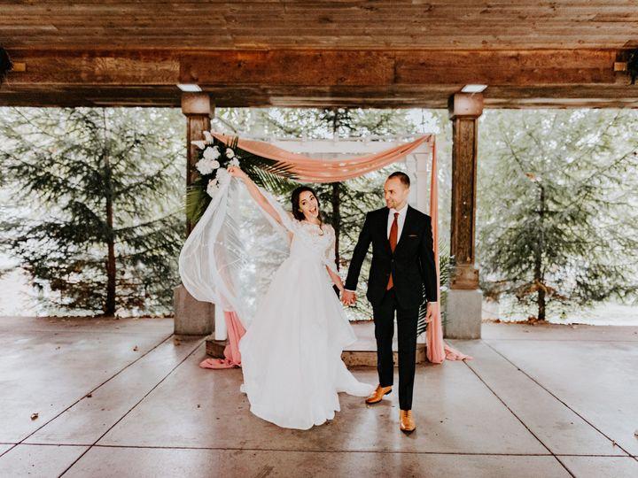 Tmx Chelsea Kyaw Photo Blank Park Zoo Des Moines Iowa Wedding063 51 638873 161014723044575 Des Moines, IA wedding venue