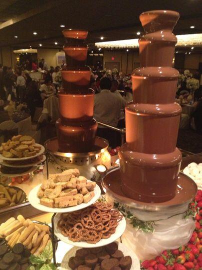 amor chocolate fountains 7