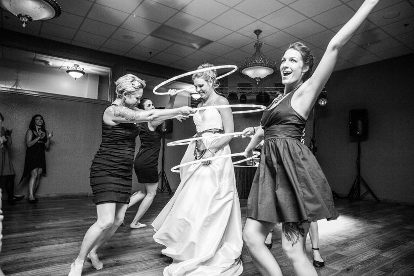Dancing ladies | Erin Rae Photography