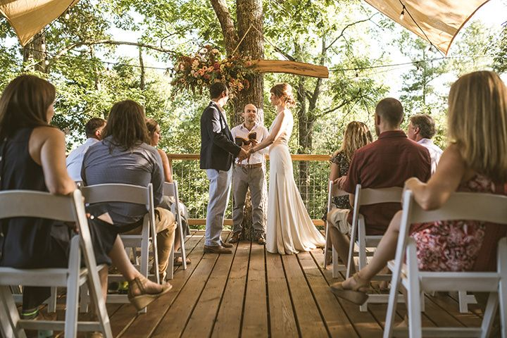 Micro Wedding in the Treehouse