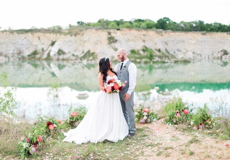 800x800 1467741887499 d weddings lindsey mike shannon skloss photography