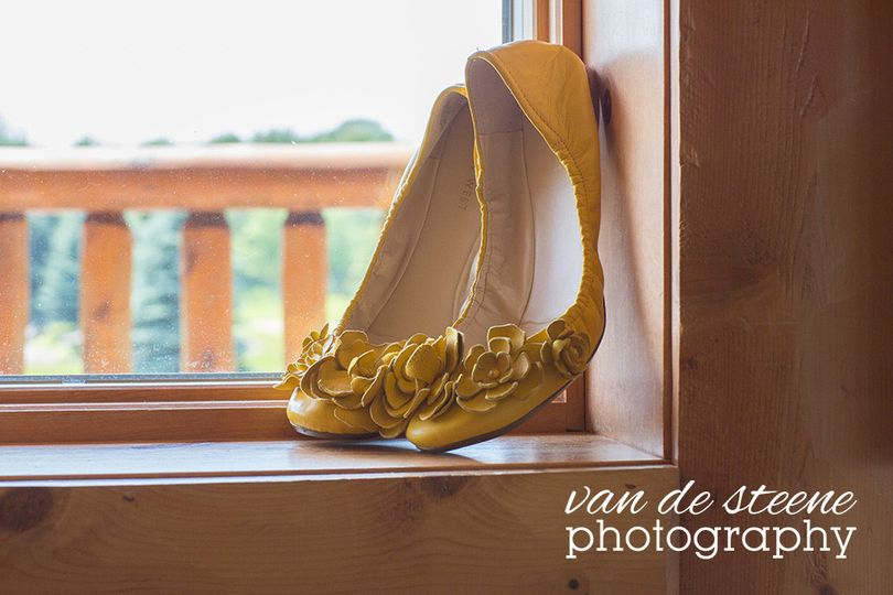 weddingkristiesteveshoesvandesteenephotography