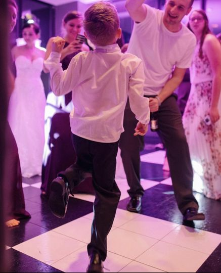 wedding kid dancingv2geo 51 1004973 1562423144