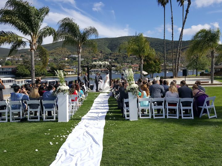 Tmx 1515361471 13b263d27b4e5e2d 1515361467 Cc48fb3c4a744d53 1515361464149 1 Lakehouse Ceremony Corona, CA wedding planner