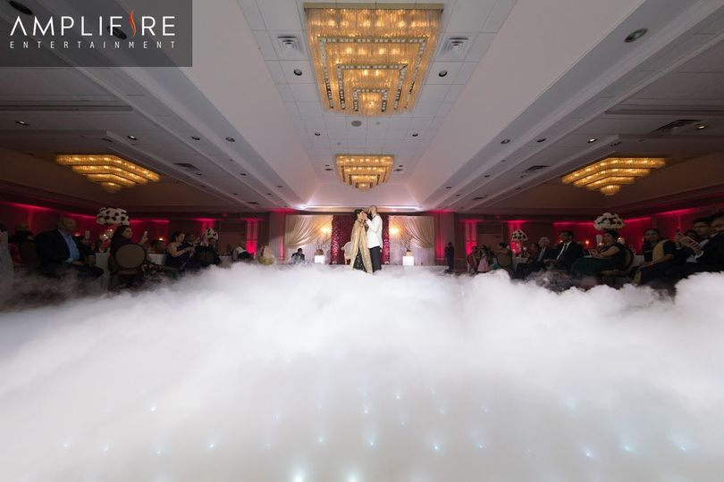 Dry ice machinedancing on the clouds