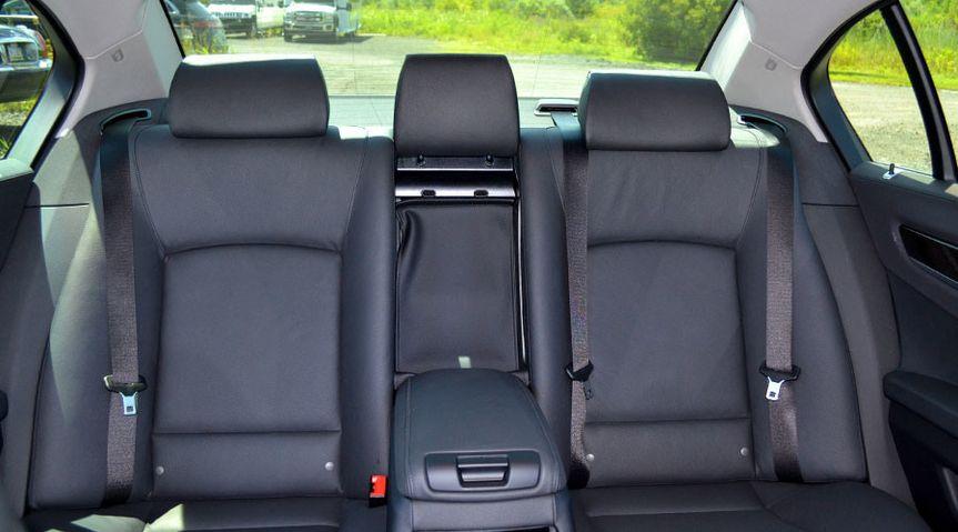 sedansbmw740ilinterior1