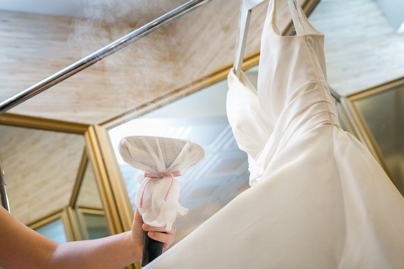 Wedding gown Steaming