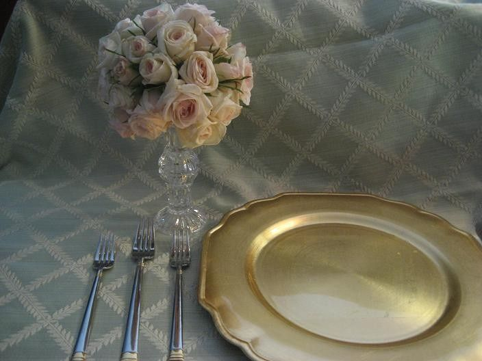 Gold plate and flowers
