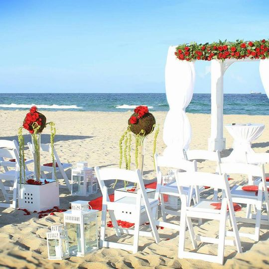 Customized your Beach Ceremony