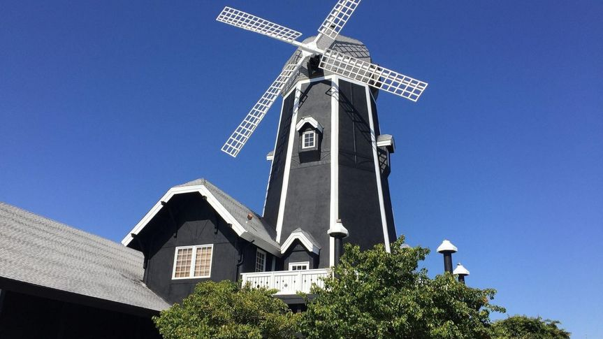 The Iconic Windmill Building!