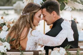 Lost Isle Weddings
