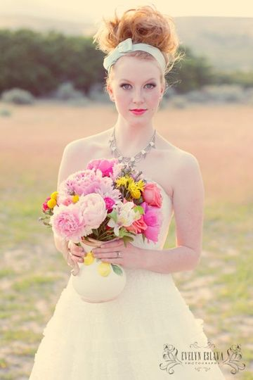 Artistic bride