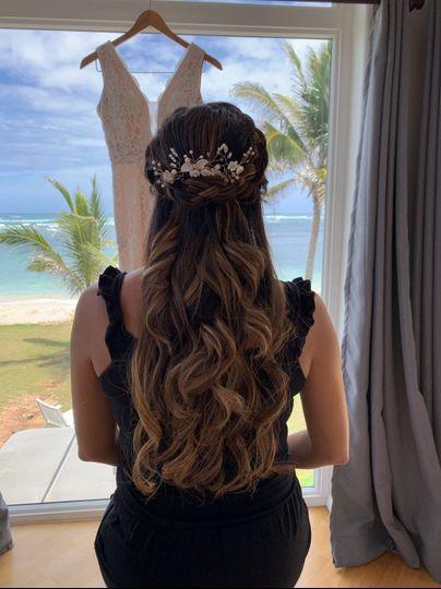 Hair & ocean view