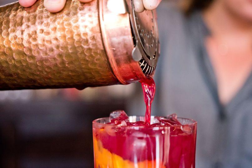 Experienced bartenders