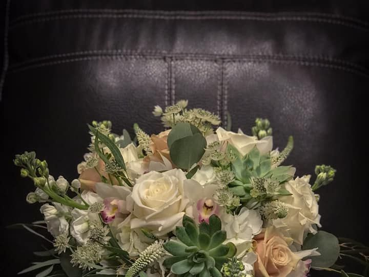 Tmx 50471970 10156471222302017 5185810763788320768 N 51 1040183 Wolcott, CT wedding florist