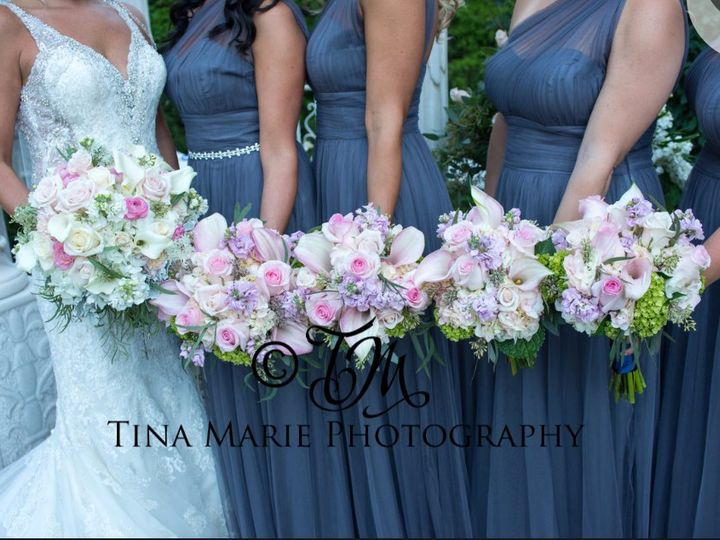 Tmx Screenshot 2017 11 29 18 19 27 1 51 1040183 Wolcott, CT wedding florist