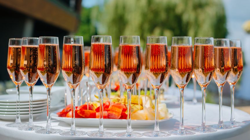 Line of champagne