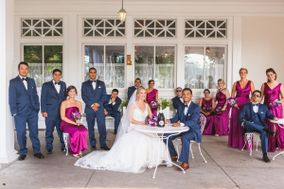 Bella-Hill Wedding House
