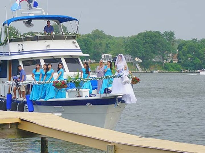 Tmx 1437476722552 Bride Arriving To Venue By Boat Glen Burnie wedding venue
