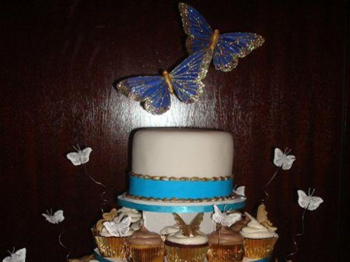 Tmx 1234918160224 Rani%27sCupCakes  wedding cake