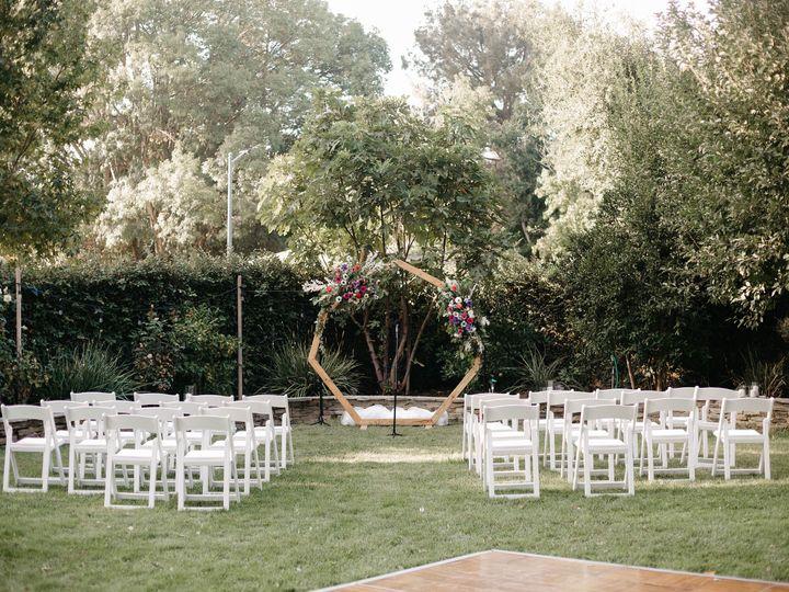 Tmx 2b4a0620copy 51 1971183 160637596487859 Canoga Park, CA wedding florist