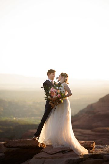 Sedona Elopement on Merry Go Round Rock