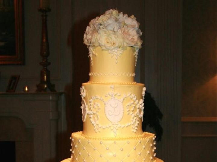 Tmx 1253201885015 Yellow8x10 Duncanville wedding cake