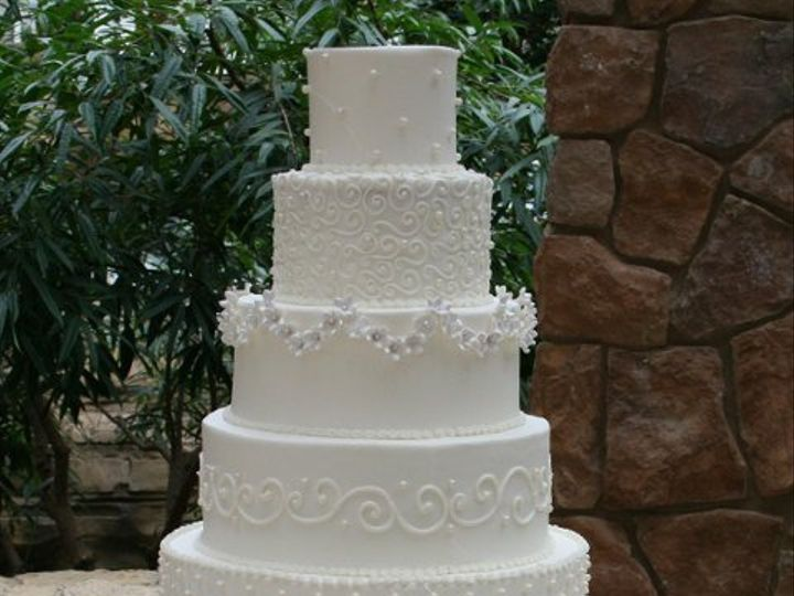 Tmx 1253202410046 Sixtier Duncanville wedding cake