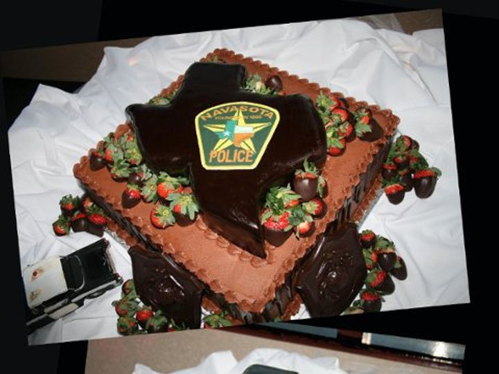 Tmx 1253202516734 Texaspolice Duncanville wedding cake