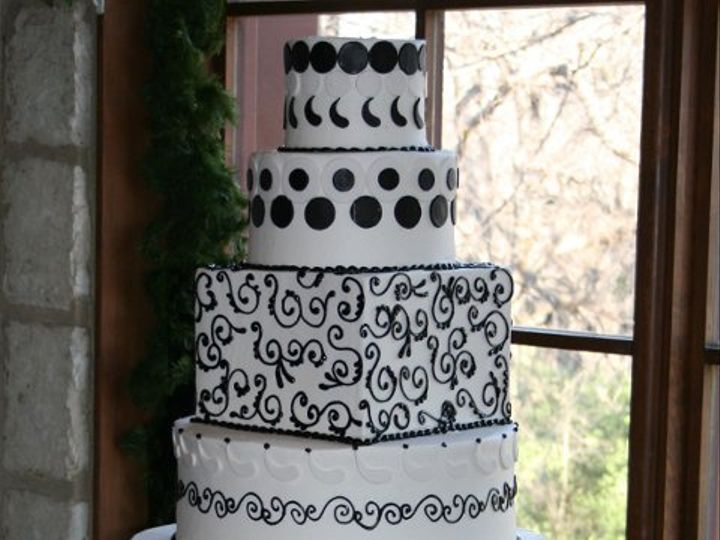 Tmx 1253202877531 Hugeblack Duncanville wedding cake