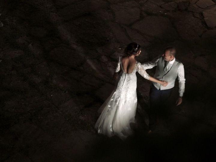 Tmx 1534858539 2417068ebf46001d 1534858539 A63d9f83af413d08 1534858537687 3 15 Loro Ciuffenna - Tuscany wedding videography