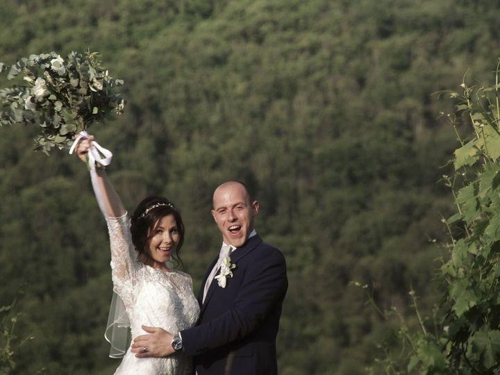 Tmx 1534858545 444b373db1b16de7 1534858544 0b53644b9c643f3f 1534858542694 5 12 Loro Ciuffenna - Tuscany wedding videography
