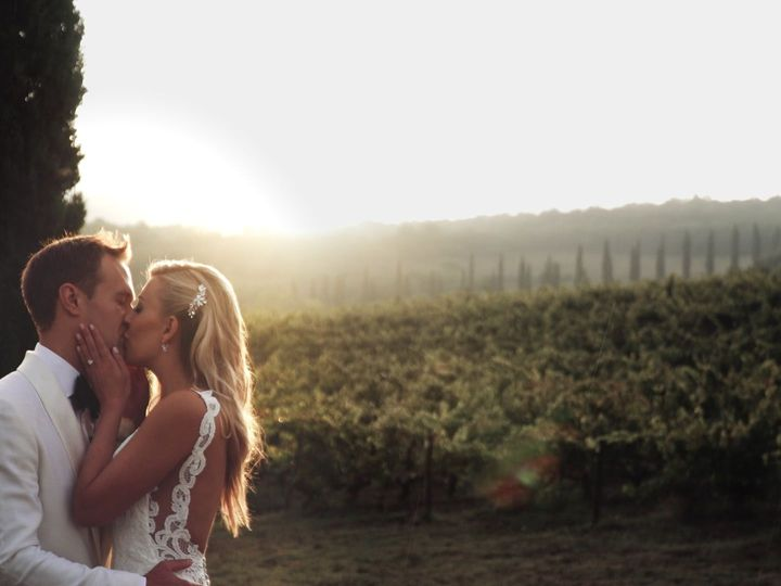 Tmx 1536962643 Aabaf79dc1979242 1536962641 5c457ad4a0996a08 1536962638767 3 012 Loro Ciuffenna - Tuscany wedding videography