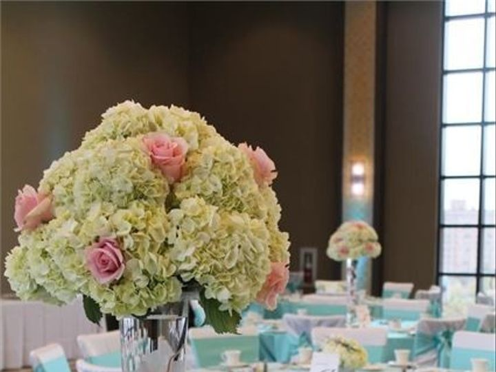 Tmx 1495574603125 Wedding Centerpieces Elk Grove Village, Illinois wedding florist