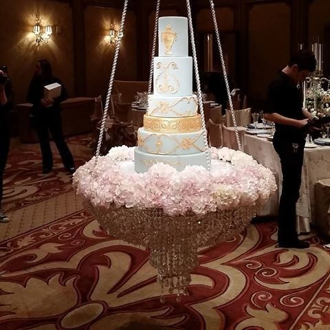 Tmx 1495574676553 Hangging Cake Elk Grove Village, Illinois wedding florist