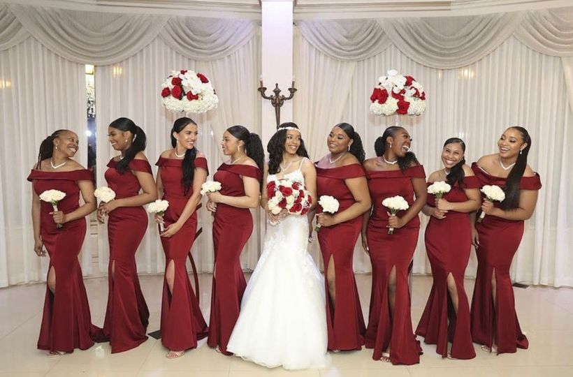 Gorgeous bridal party in NY