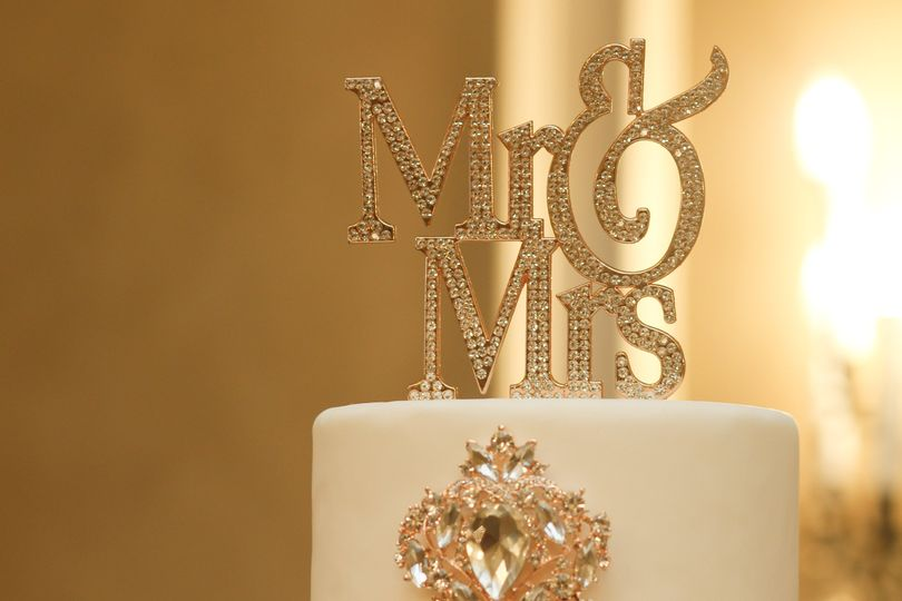 Mr & Mrs bling cake-topper