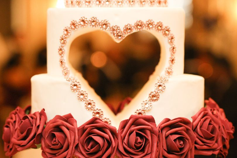 Heart cutout wedding cake