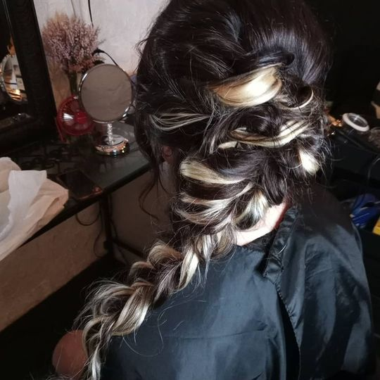 Bridal trial with extensions
