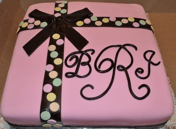 baby shower cake, gift package