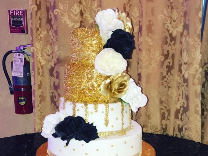 Tmx Gold Sequins Wedding Cake 51 1902283 157971355243759 Jackson, MS wedding cake