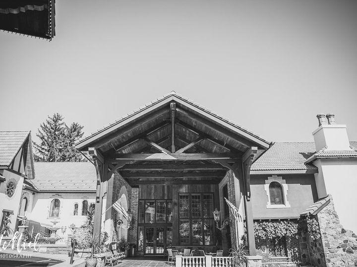 Tmx 1518292864 1324a80c334f1f43 1518292863 E4db58eea7fe9596 1518292855529 9 Mcniel Photography Okauchee wedding venue