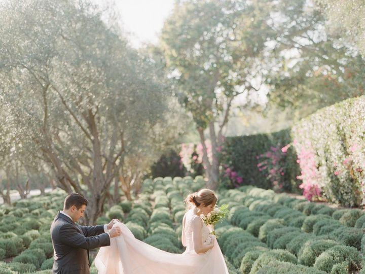 Tmx Sanysidroranchcouplelavenderfieldsjessicachris Gettingready 201 51 1049283 Venice, CA wedding travel
