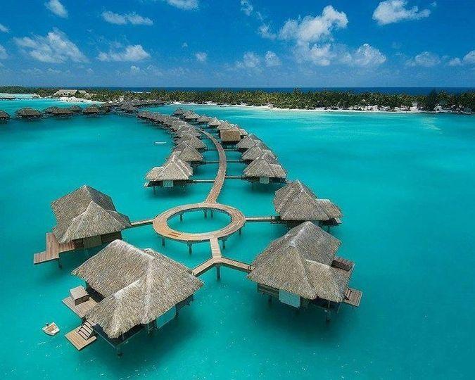 Day dreams vacations travel cedar hill tn weddingwire for Good us vacation spots