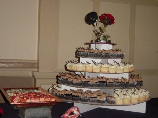 Tmx 1223858071579 DSC07956 Salem wedding cake