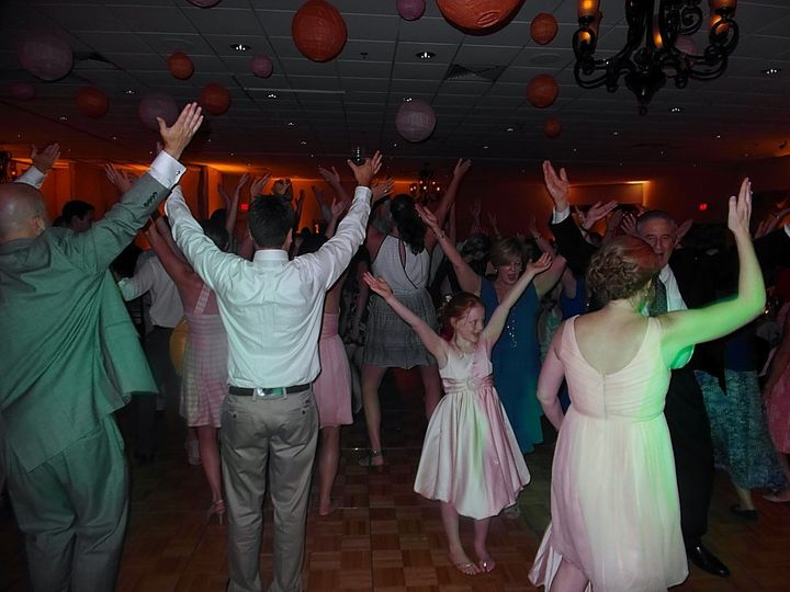 Tmx Quinn 12 51 513383 1572614022 Syracuse, NY wedding dj