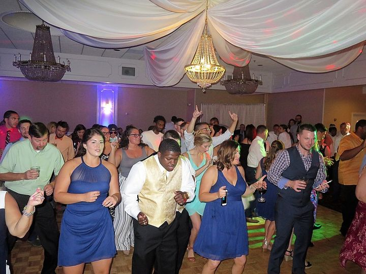 Tmx Salanger Schmidtwedding1000 51 513383 1572614034 Syracuse, NY wedding dj