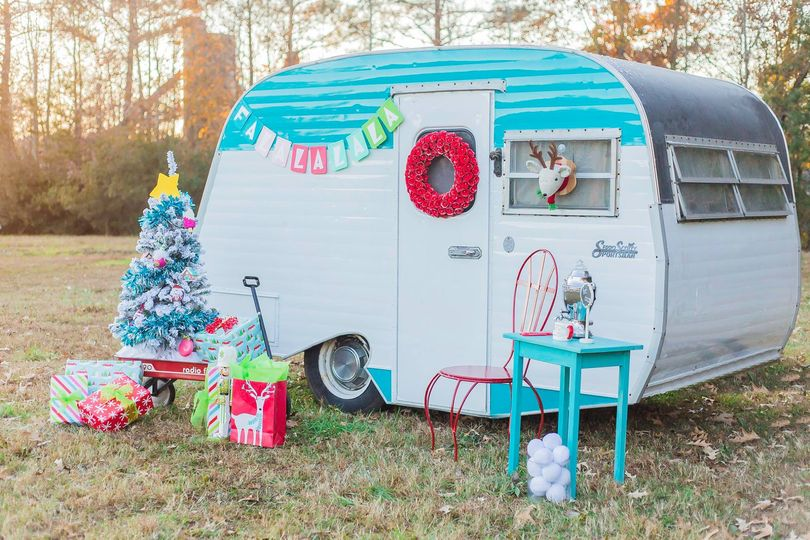 Adorable Vintage Camper